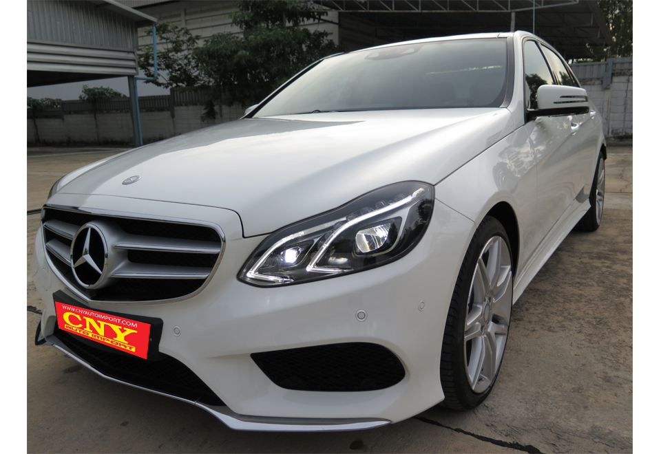 MERCEDES BENZ E300 HYBRID SALOON AMG SPORT<br><strong><font color='#FF0000'> ราคาพิเศษ 3,9xx,xxx บาท</font></strong></br>